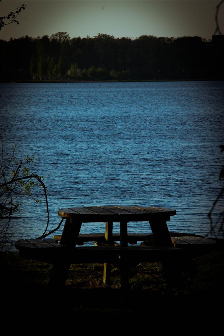 runt sjön i maj-20 (Large)